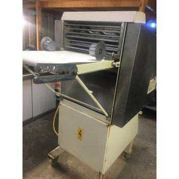 CIM automatische croissant machine