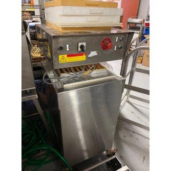 Worstenbrood machine